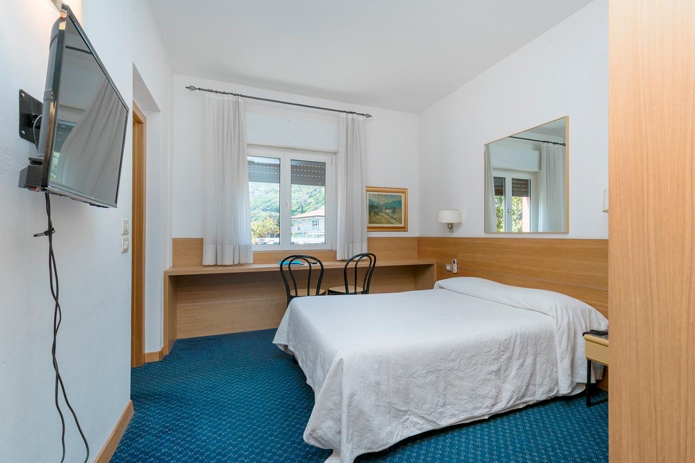 Camera Economy Hotel Caminetto