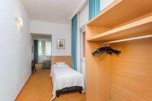 Camera tripla Hotel Caminetto di Torbole