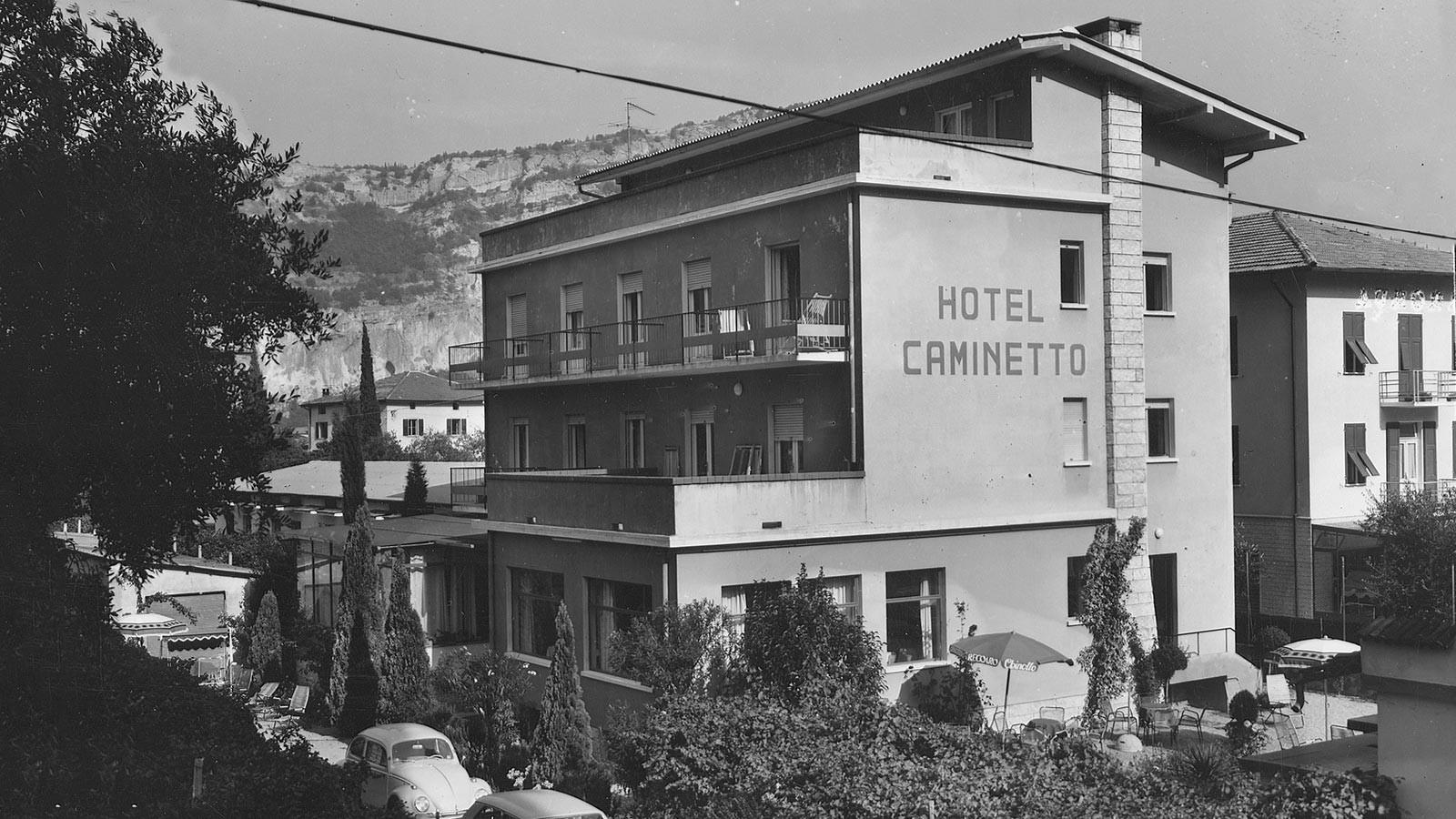 foto storica dell'hotel caminetto