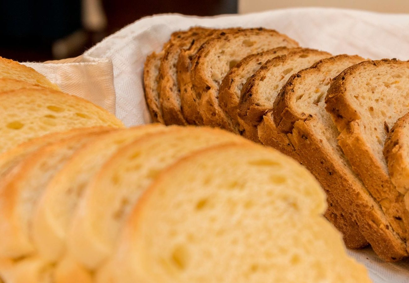 Pane a colazione all'hotel caminetto